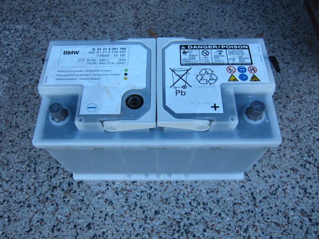 original bmw autobatterie 12v 80ah 640a aus einem e46 330ci ebay. Black Bedroom Furniture Sets. Home Design Ideas